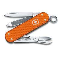 "Нож-брелок ""Victorinox. Classic Alox LE 2021"", 58 мм, 5 функций, алюминиевая рукоять, оранжевый"